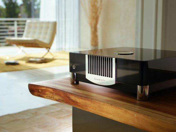 MBL N21 Stereo Power Amplifier | Stranger High Fidelity